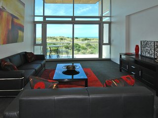 Penthouse Apartment with Sea Views - New Brighton North vacation rentals