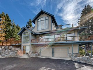 2280 Del Norte Lakeview Estate - South Lake Tahoe vacation rentals