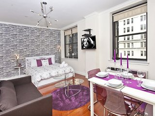 Ultra Luxurious Studio - Near Macy's/Ms Garden/Empire State Building - New York City vacation rentals