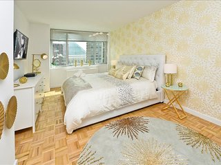 Luxurious Superior Two Bedroom Apartment wih Gym, Doorman, Lincoln Center - New York City vacation rentals