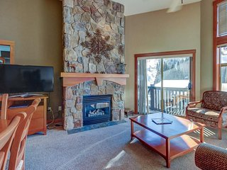 Corner ski-in/ski-out condo with a deck, views & a communal pool and hot tub! - Solitude vacation rentals