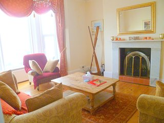 Nice House with Central Heating and Housekeeping Included - Walton-on-the-Naze vacation rentals