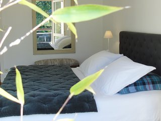Cozy 2 bedroom Chalon-sur-Saone Guest house with Internet Access - Chalon-sur-Saone vacation rentals