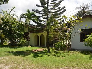 Comfortable House with Internet Access and A/C - Kampung Kedawang vacation rentals