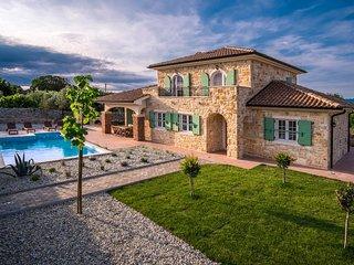 13102 Beautiful luxury holiday house - Vrh vacation rentals