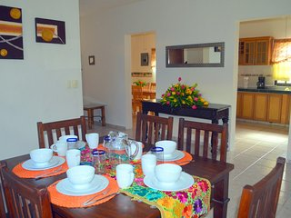Beautiful House with Internet Access and A/C - Puerto Morelos vacation rentals