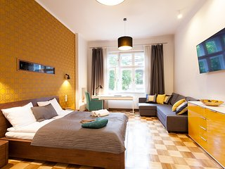 HONEY TIME APARTMENT - Krakow vacation rentals