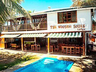 The Wooden House Lodge, the #1 B&B hotel in Isabela with the best service. - Puerto Villamil vacation rentals