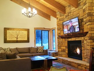 Village Treehouse #1,   5-Star Suites at Gondola Village - Mammoth Lakes vacation rentals