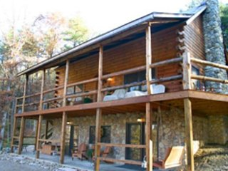 Beautiful House with Deck and Internet Access - Union Furnace vacation rentals