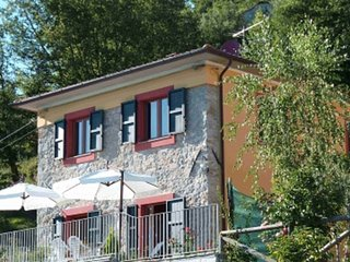 Barga Holiday Villa for rent with gorgeous view (Garfagnana, Lucca, Tuscany) - Barga vacation rentals