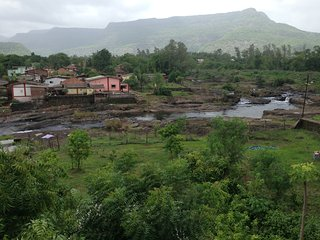 karjatbelifal River Touch  farmhouse bungalow villa swimming pool party Homestay - Karjat vacation rentals