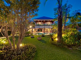 Wonderful 10 Bedrooms Private Villa Seminyak - Seminyak vacation rentals