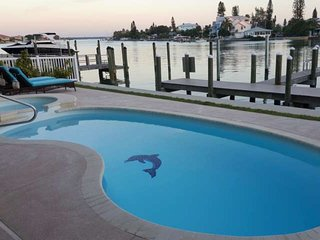 Gorgeous House with Internet Access and A/C - Madeira Beach vacation rentals