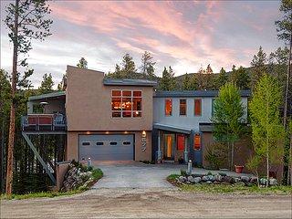 Elegant Contemporary Design, Lovely Wooded Views (212538) - Breckenridge vacation rentals