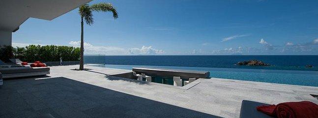Villa Axel Rocks 3 Bedroom SPECIAL OFFER - Gustavia vacation rentals