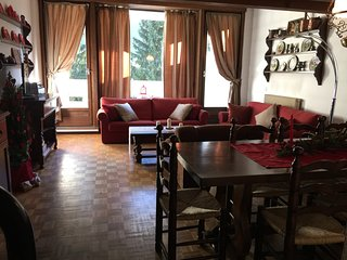 Cozy 3 bedroom Mazzin Apartment with Parking - Mazzin vacation rentals
