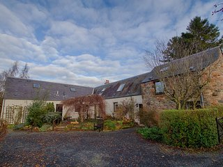 The Old Paper House Nr Melrose (Lowland Lettings CO UK) - Melrose vacation rentals