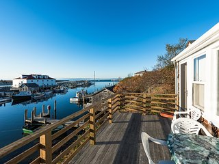SMITD - Top Side  Cottage, set in the Iconic Village of Menemsha and - Chilmark vacation rentals