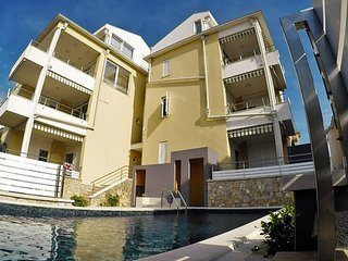 Reno G1D modern ap. for 5 people - Novalja vacation rentals