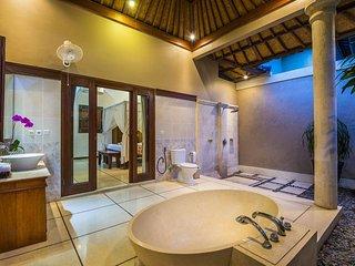 Villa Limon 3 Bedroom Villa Limon - Seminyak vacation rentals