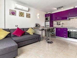 Costa Adeje, brand-new apartment, sea-view, free WiFi, 250 m from beach - Playa de las Americas vacation rentals