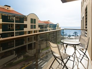 Elena's Apartment - Wonderfull Views of the Ocean - Sao Martinho vacation rentals