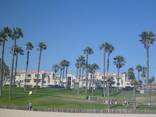 Literally Steps From The Beach - 2 Bedroom Condo All the Amentities ! - Huntington Beach vacation rentals