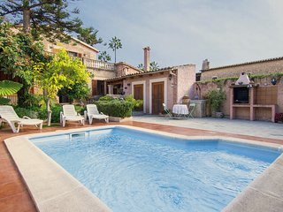 Large Mallorcan house with pool and private garden - Palma de Mallorca vacation rentals
