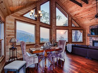 MountainTOP luxury cabin w/ BREATHTAKING VIEWS- PINE CONE PEAKS - Blue Ridge vacation rentals