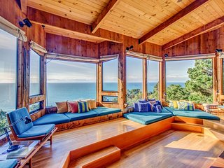 Hillside home w/ 180 degree ocean views, private hot tub, & shared pools/saunas - Sea Ranch vacation rentals