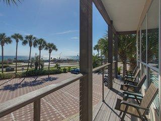 Destiny Beach Villa #9A (upstairs) - Destin vacation rentals