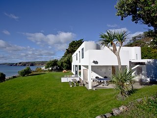 White Shores located in Praa Sands, Cornwall - Praa Sands vacation rentals