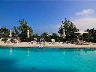 MIAMI - Monte Carlo: 1BR Suite on the Beach W/Five Star Amenities - Miami Beach vacation rentals