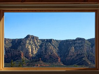 SERENE ZEN, AMAZING VIEWS, HIKING AND CREEK NEARBY, BUDDHA POND - Sedona vacation rentals