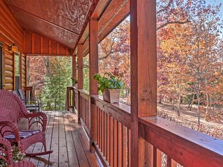 NEW! Scenic 3BR Rising Fawn Cabin w/Porch - Rising Fawn vacation rentals