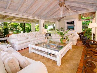 6 Bedroom Coral Stone House on Sandy Lane Beach - Holetown vacation rentals
