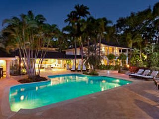 Beautiful 8 Bedroom House near Sandy Lane Beach - Image 1 - Holetown - rentals