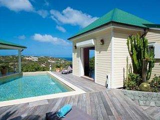 3 Bedroom Villa with Ocean View in Marigot - Marigot vacation rentals