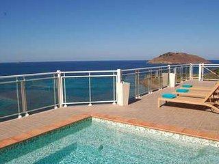 4 Bedroom Villa in Flamands Overlooking the Ocean - Flamands vacation rentals