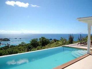 Stunning 3 Bedroom Villa in Colombier - Anse Des Cayes vacation rentals