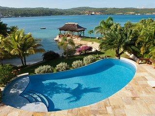 Comfortable 6 Bedroom Villa in Discovery Bay - Discovery Bay vacation rentals