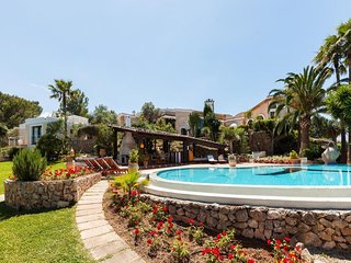 6 bedroom Villa in Pollenca, Mallorca : ref 2126218 - Pollenca vacation rentals