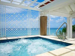 Elegant 4 Bedroom Penthouse in Paynes Bay - Holder's Hill vacation rentals
