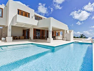 Phenomenal 3 Bedroom Villa in Long Path - Crocus Hill vacation rentals