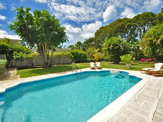 Cozy 3 Bedroom Villa in Sandy Lane - Holetown vacation rentals