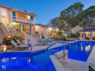 Cozy 5 Bedroom Home in Sandy Lane - Holetown vacation rentals