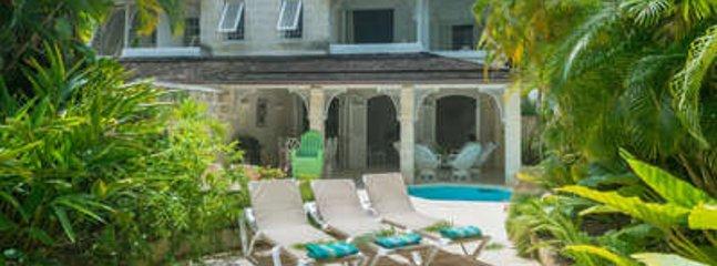 Lovely 3 Bedroom Villa on Gibbes Beach - Image 1 - Lower Carlton - rentals