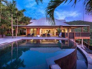 Exquisite 4 Bedroom Villa in Saint Jean - Saint Jean vacation rentals