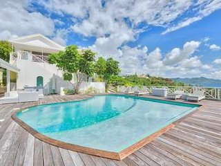 Fantastic 6 Bedroom in Terres Basses - Terres Basses vacation rentals